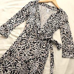 Diane Von Furstenberg Abstract Silk Wrap Dress